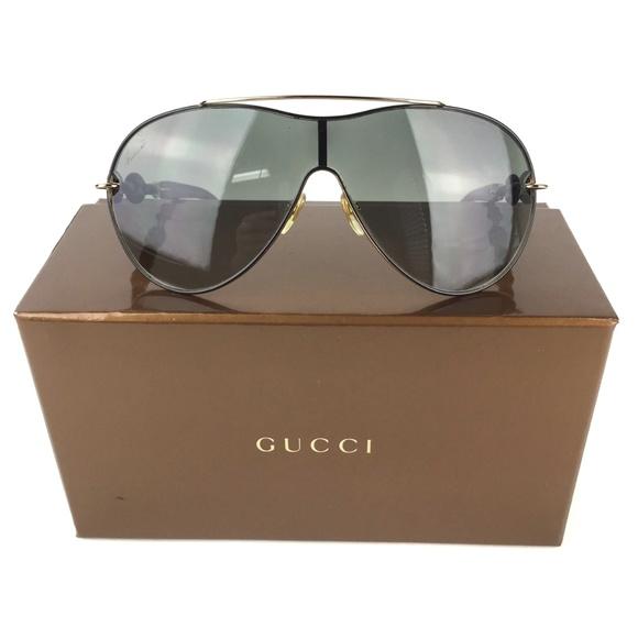 af12189dd2d Gucci Accessories - Gucci Authentic Chain Link Aviator Sunglasses